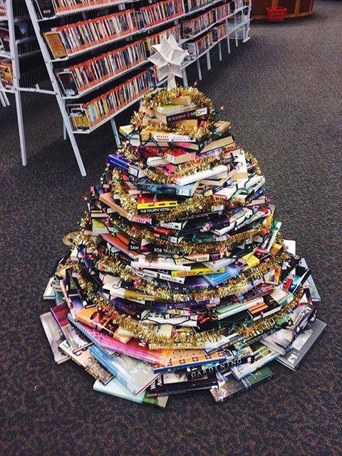Navidad blog de jo anne - Arbol de navidad con libros ...